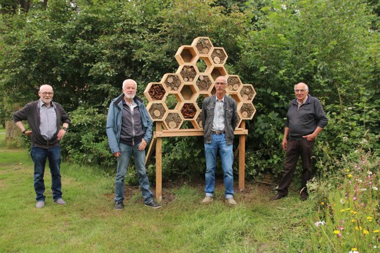 Onthulling uniek insectenhotel Zuiderpark Hoogeveen